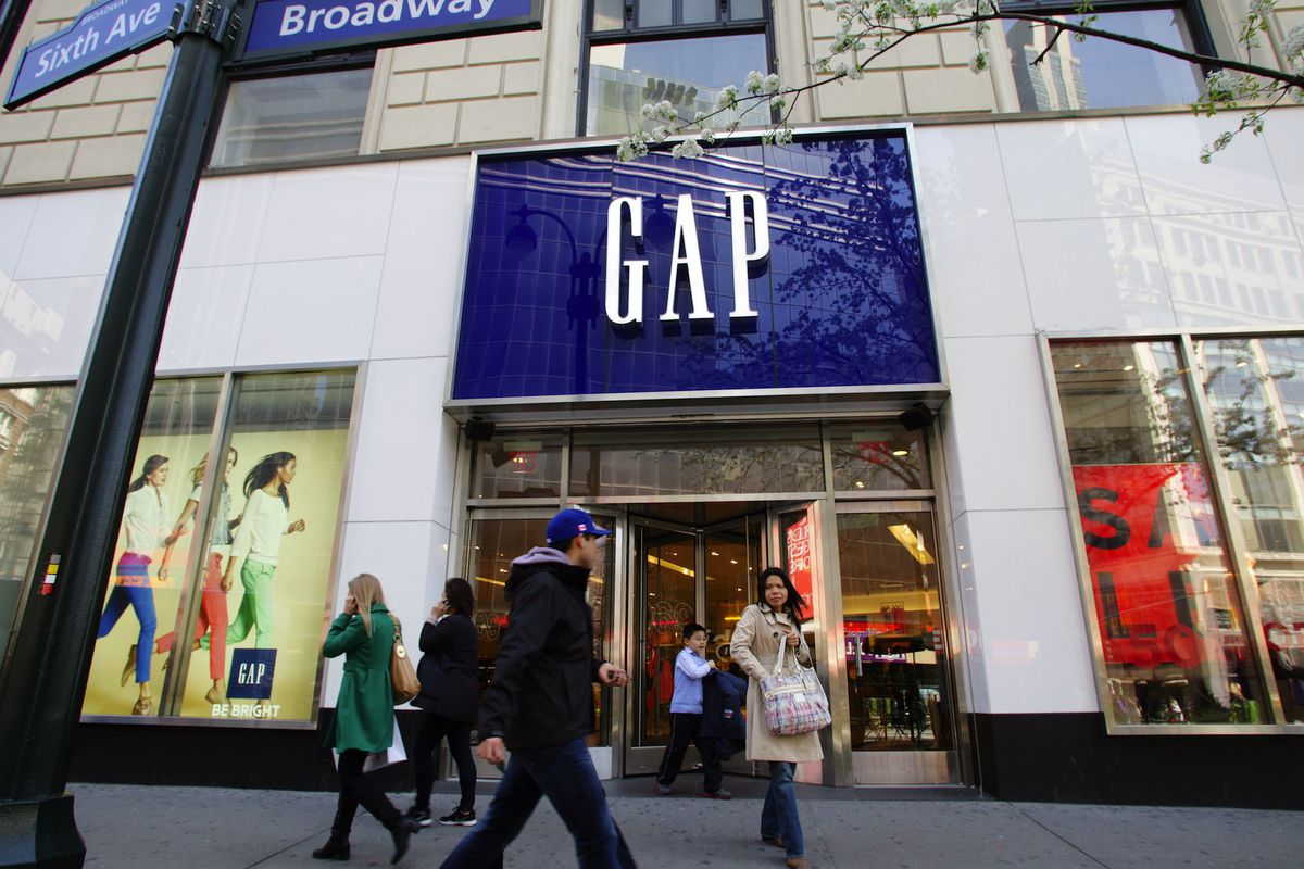 Gap stores have risen and fallen in popularity. Image via Shutterstock.
