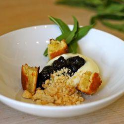 White chocolate verbena cream, blueberry compote, almond frangipane, almond streusel.