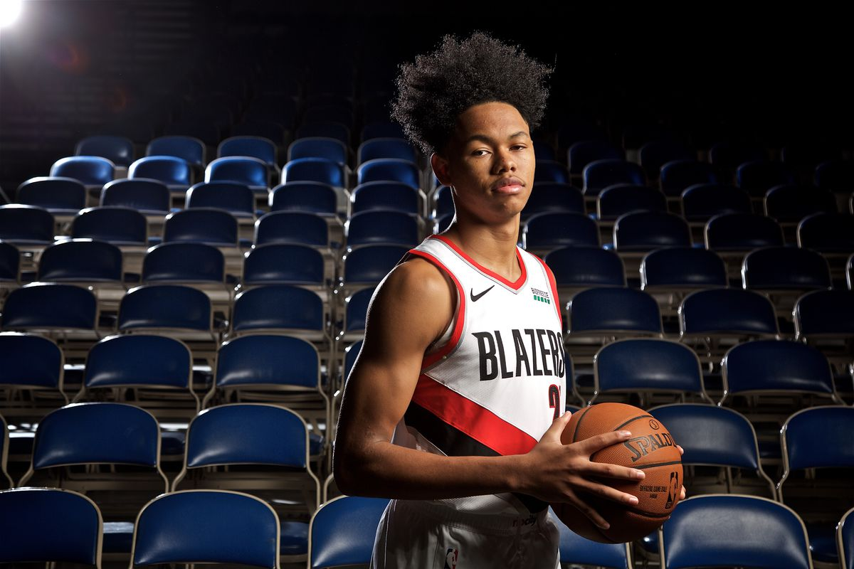 best service 8d608 a5054 Trail Blazers' Anfernee Simons Has High School Jersey ...