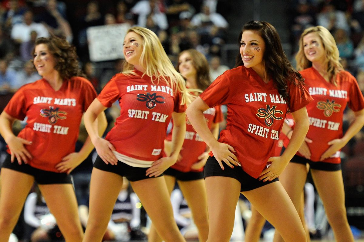 The Saint Mary's Spirit Team, from 2012. Because there still aren't any photos of the Gaels from this year in our system.