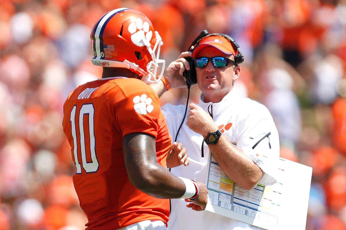 Explaining Clemson s Chad Morris and the smashmouth spread offense ... 15620e037