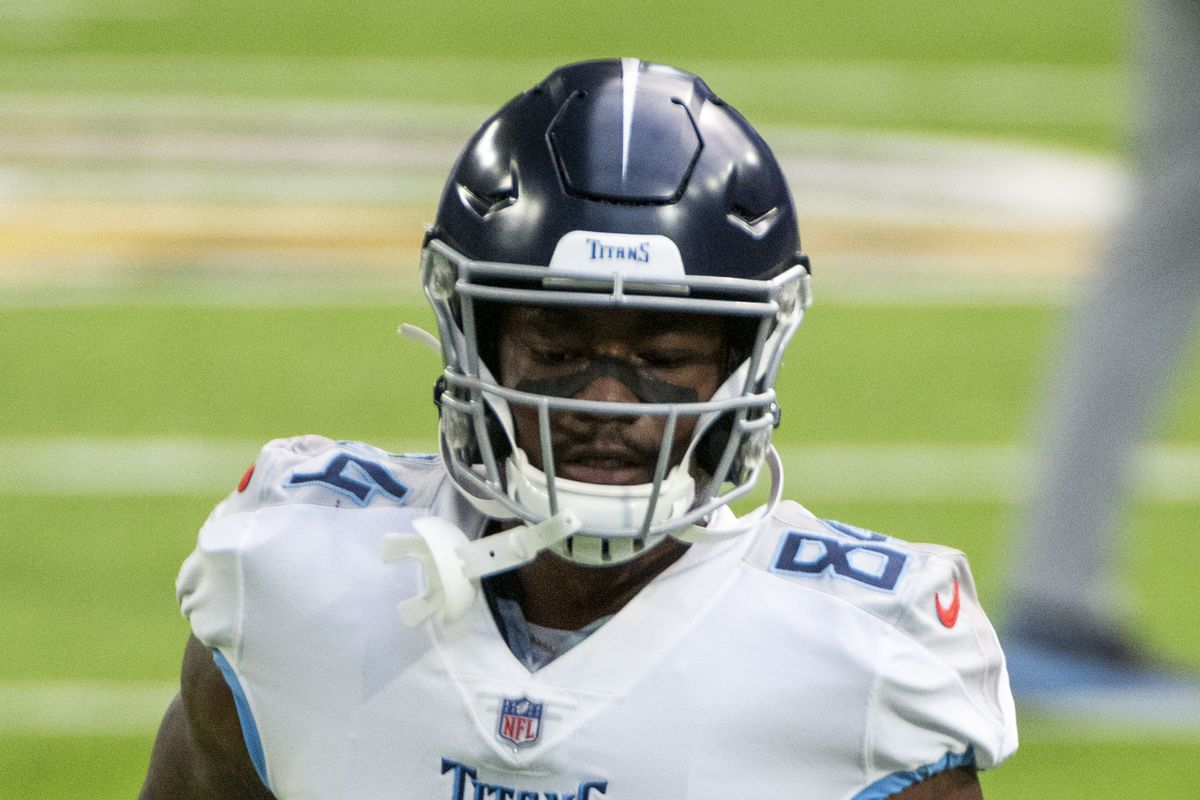 Corey Davis of the Tennessee Titans warms up before the game against the Minnesota Vikings at U.S. Bank Stadium on September 27, 2020 in Minneapolis, Minnesota.
