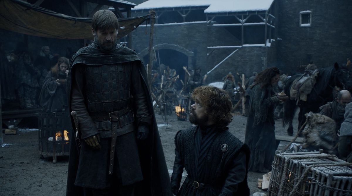 Game of Thrones S08E02 Jaime and Tyrion in the Winterfell courtyard