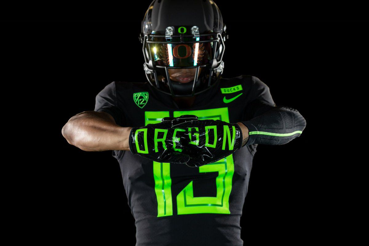 Oregon football uniforms 2018  Nike slaps some bigass numbers on ... 218c771ca