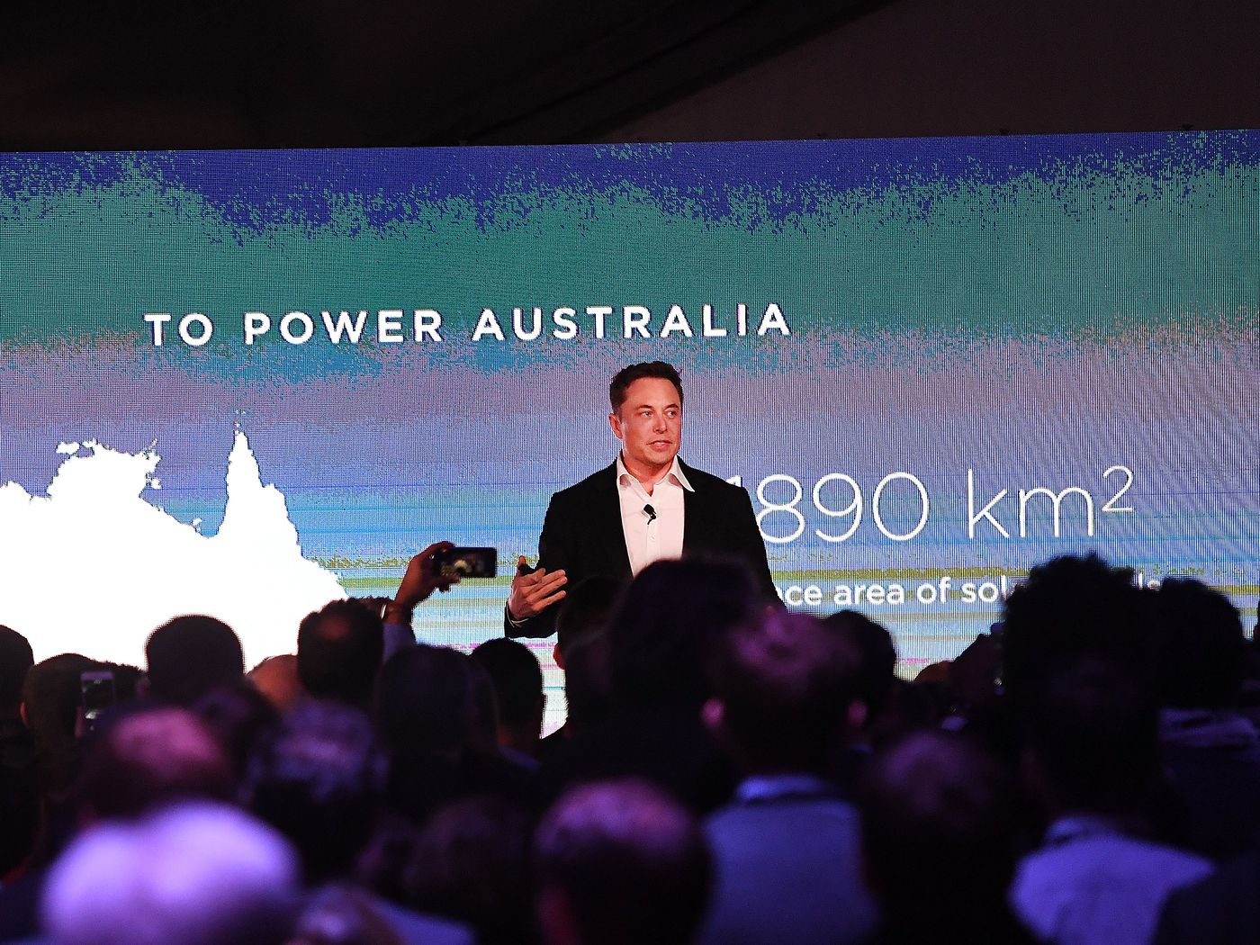 Elon Musk Bet That Tesla Could Build The World S Biggest Battery In 100 Days He Won Vox