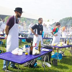 Festival-goers waited in line for an hour or more for a spot at the grilling demonstrations. // photo by Patrick Michels