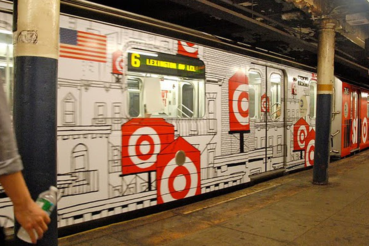 """Target tricked out 6 train via <a href=""""http://nyctheblog.blogspot.com/2010/06/target-and-mta-unveil-first-full-length.html?utm_source=feedburner&amp;utm_medium=feed&amp;utm_campaign=Feed%3A+NycTheBlog+%28NYC+The+Blog%29"""">NYC the Blog</a>"""