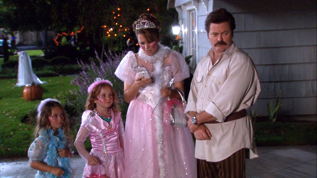 Ron, Tammy, and their kids dressed up for halloween