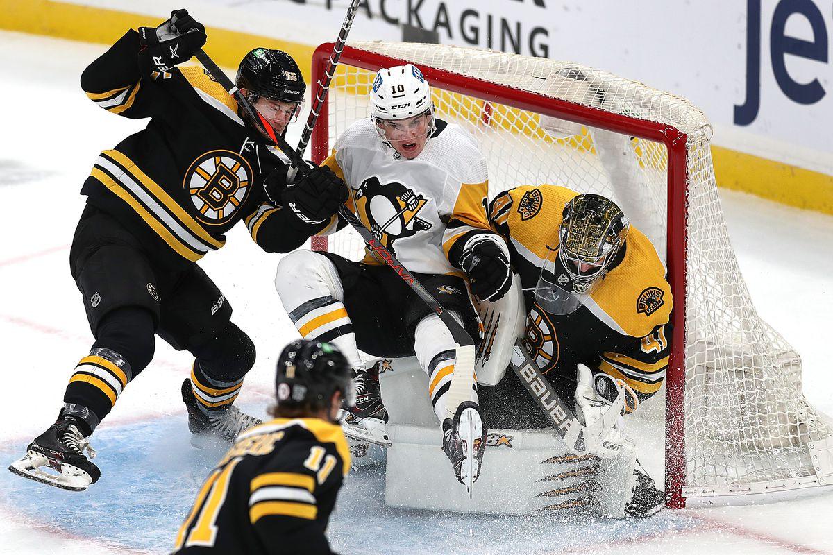 Pittsburgh Penguins Vs Boston Bruins At TD Garden