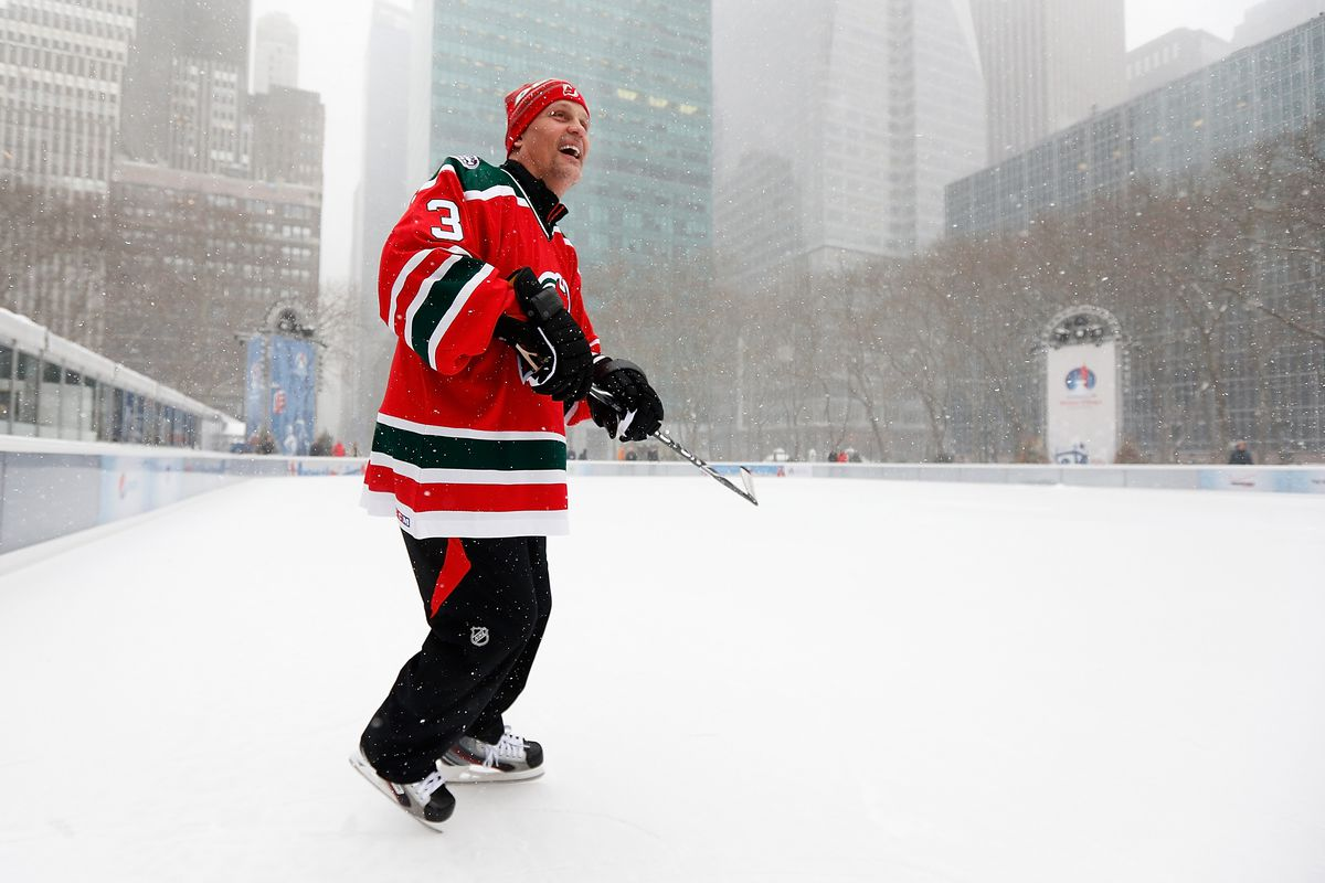 2014 NHL Stadium Series - Pop-Up Hockey Game