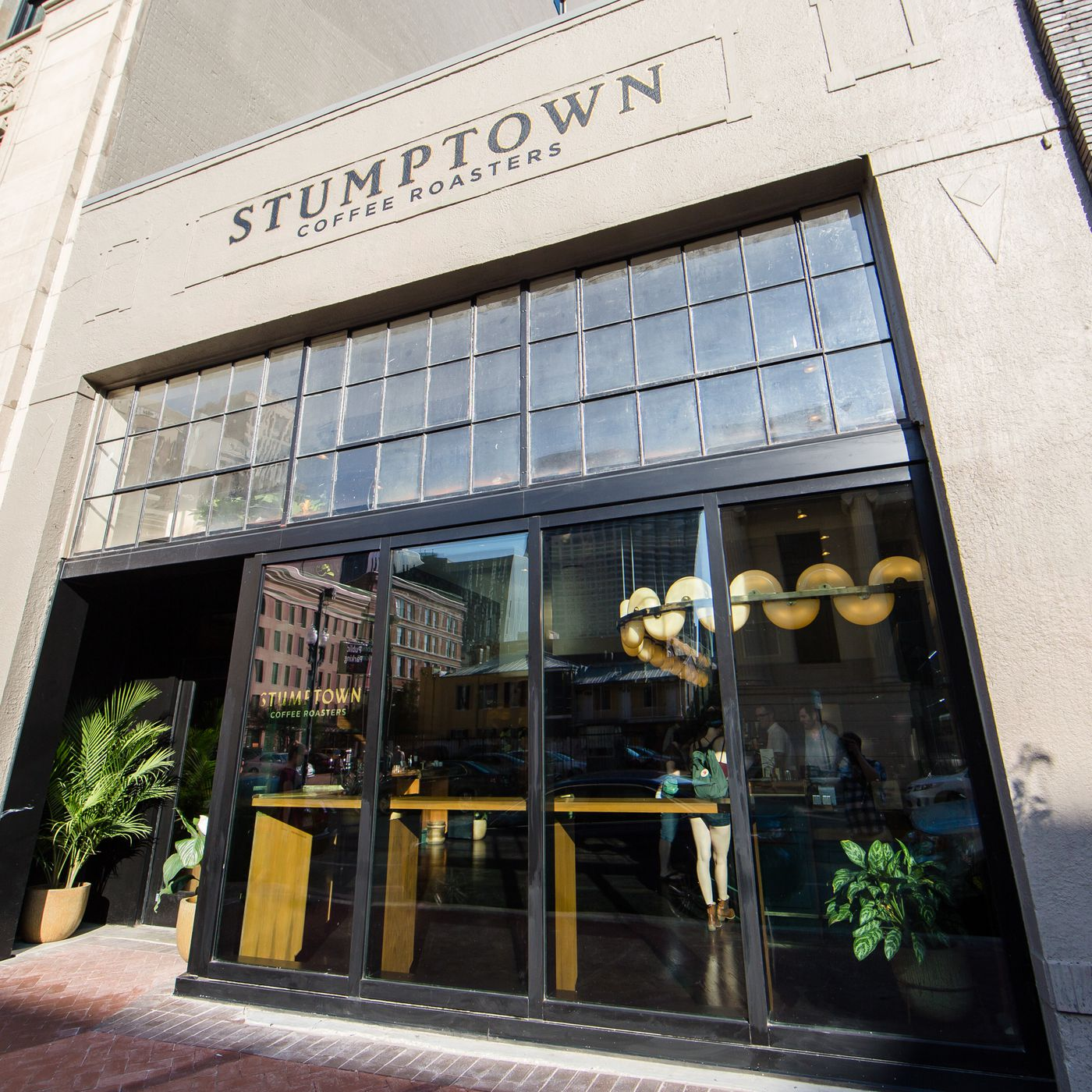 Look Inside Nola S New Cold Brew Mecca Stumptown Coffee Roasters Eater New Orleans