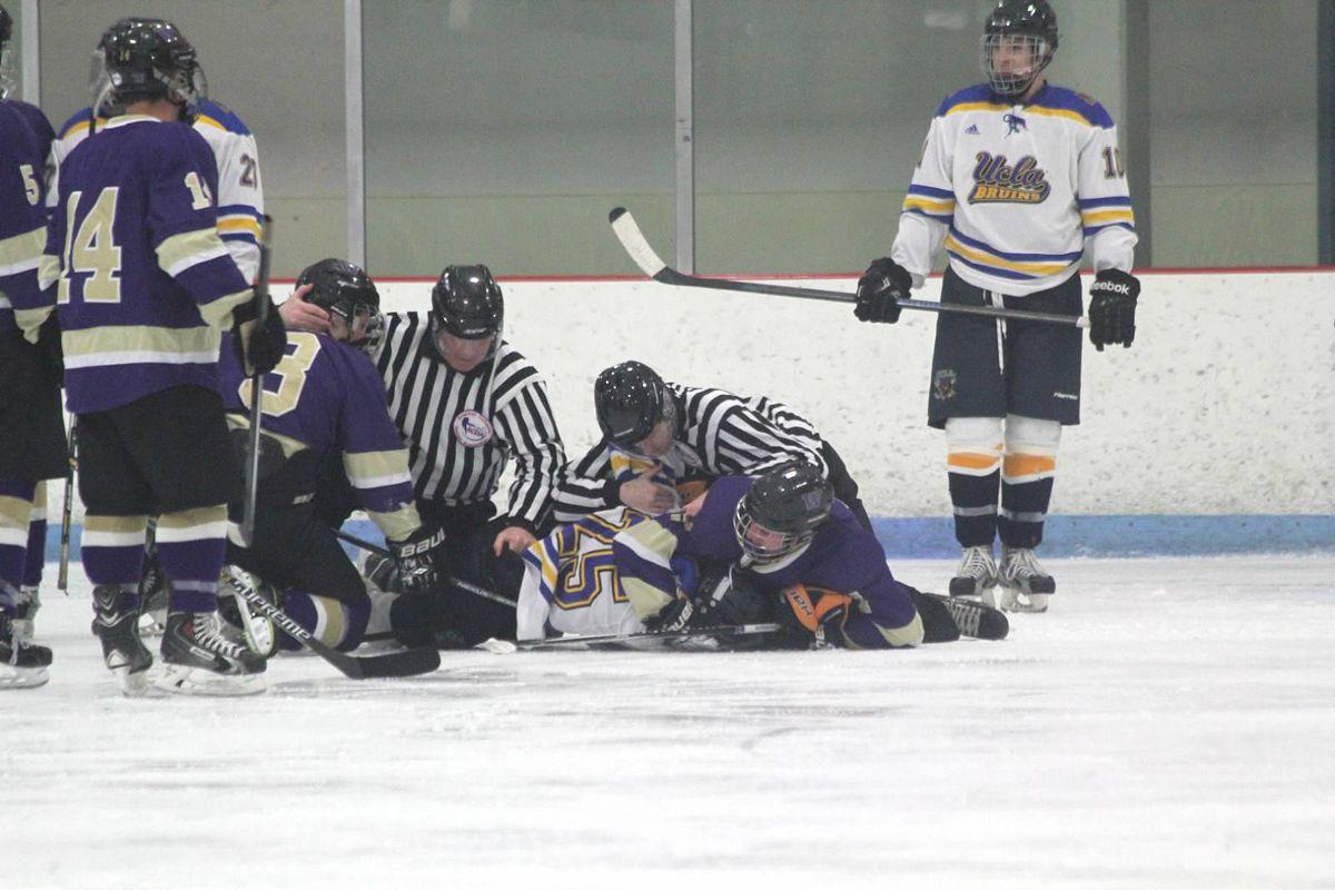 6012f09a0e2 College hockey  UW Huskies Sweep Bruins - Sonics Rising