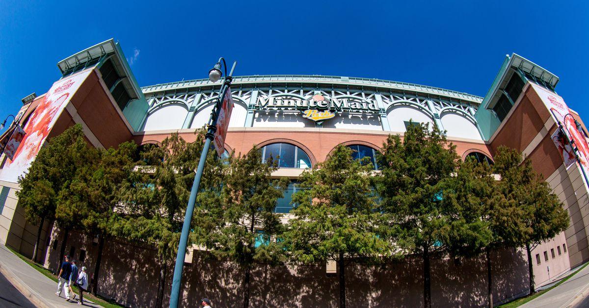 Baseball: Oklahoma tops Arkansas, 6-3, to open Shriners Classic