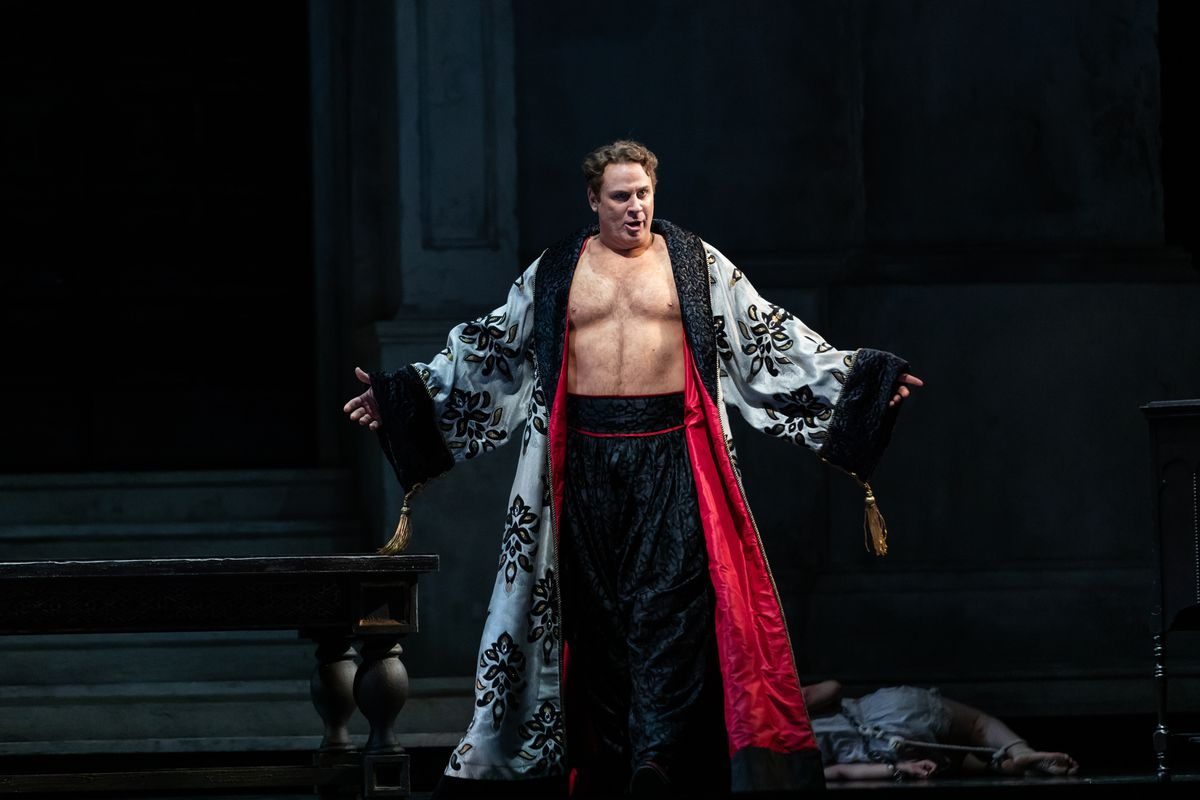 Lyric Opera takes a no-nonsense approach to impassioned 'Don Giovanni'