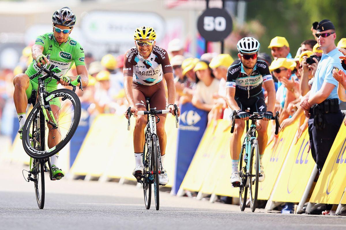 Tour de France, 2014: Peter Sagan pulls a wheelie