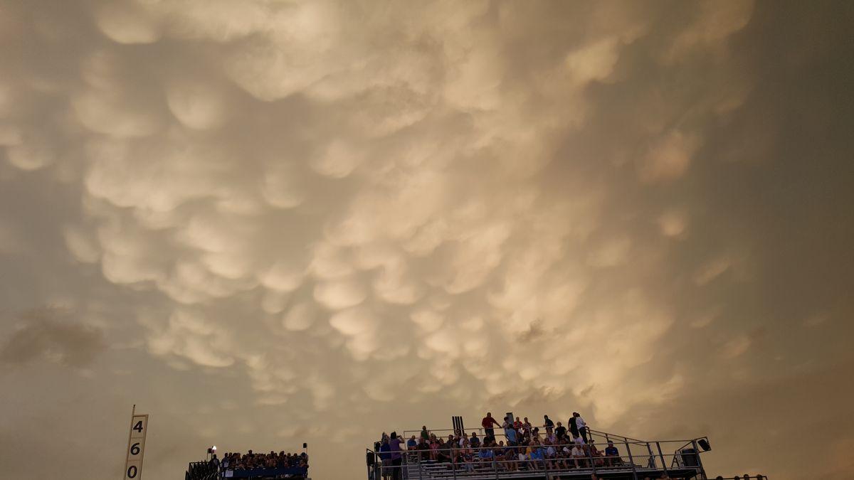 weird sky at wrigley 6/22/15