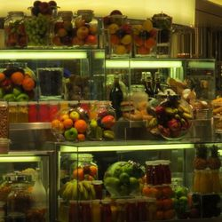 Glass jars filled with food at Bacchanal Buffet.
