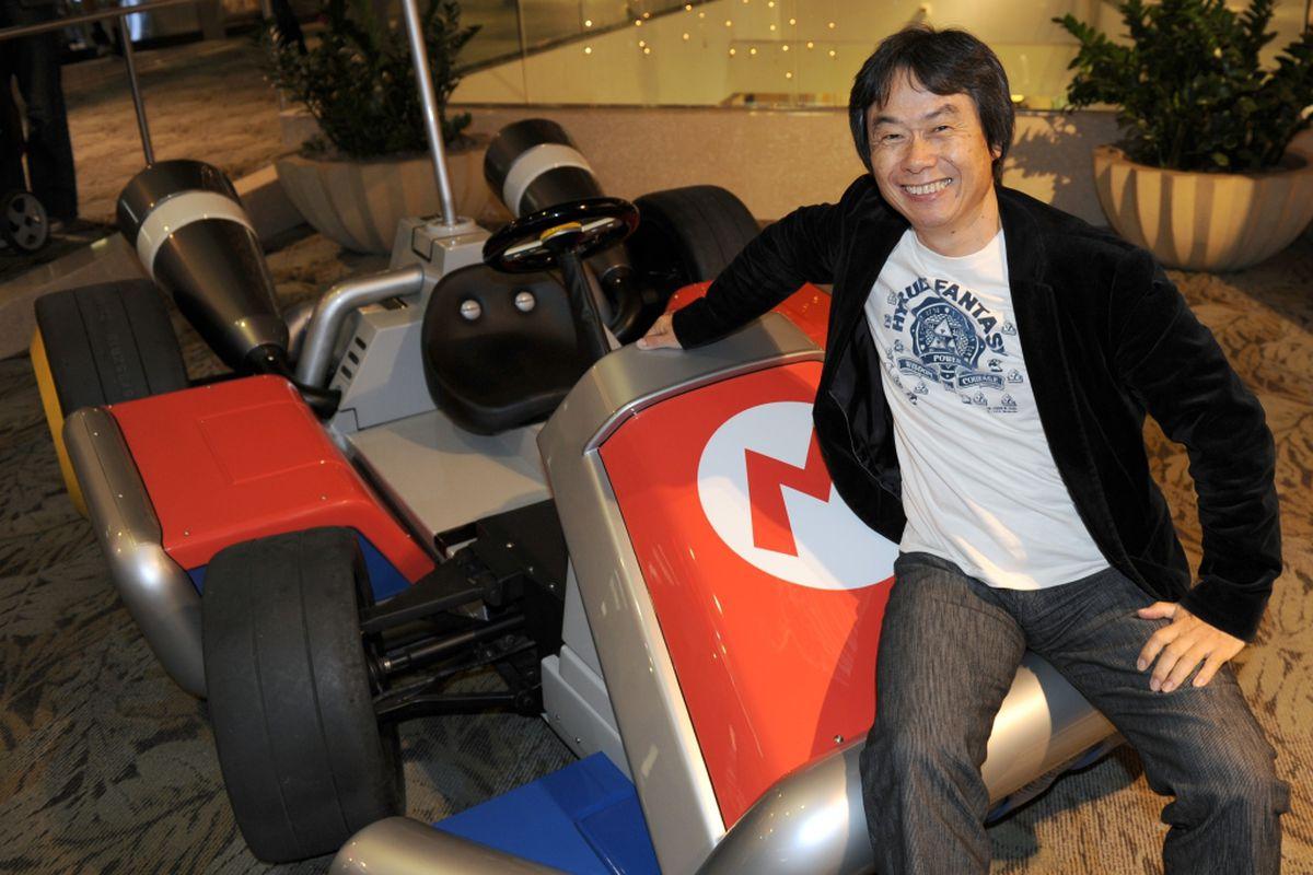 nintendo miyamoto mario kart stock 2 1024