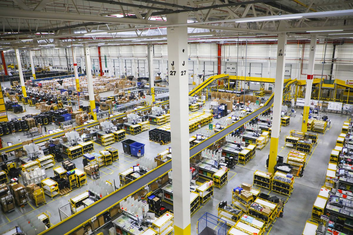 A distribution and fulfillment center at one of Amazon's multiple warehouses viewed from a high point