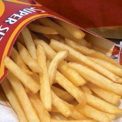 Standard issue fast food fries: These aren't skinny, they aren't thick, they aren't curly, and they aren't smothered in anything. They're the standard issue, typical, fast food fries.<br /><br />Found at: All fast food chains, many fast casual spots, dine