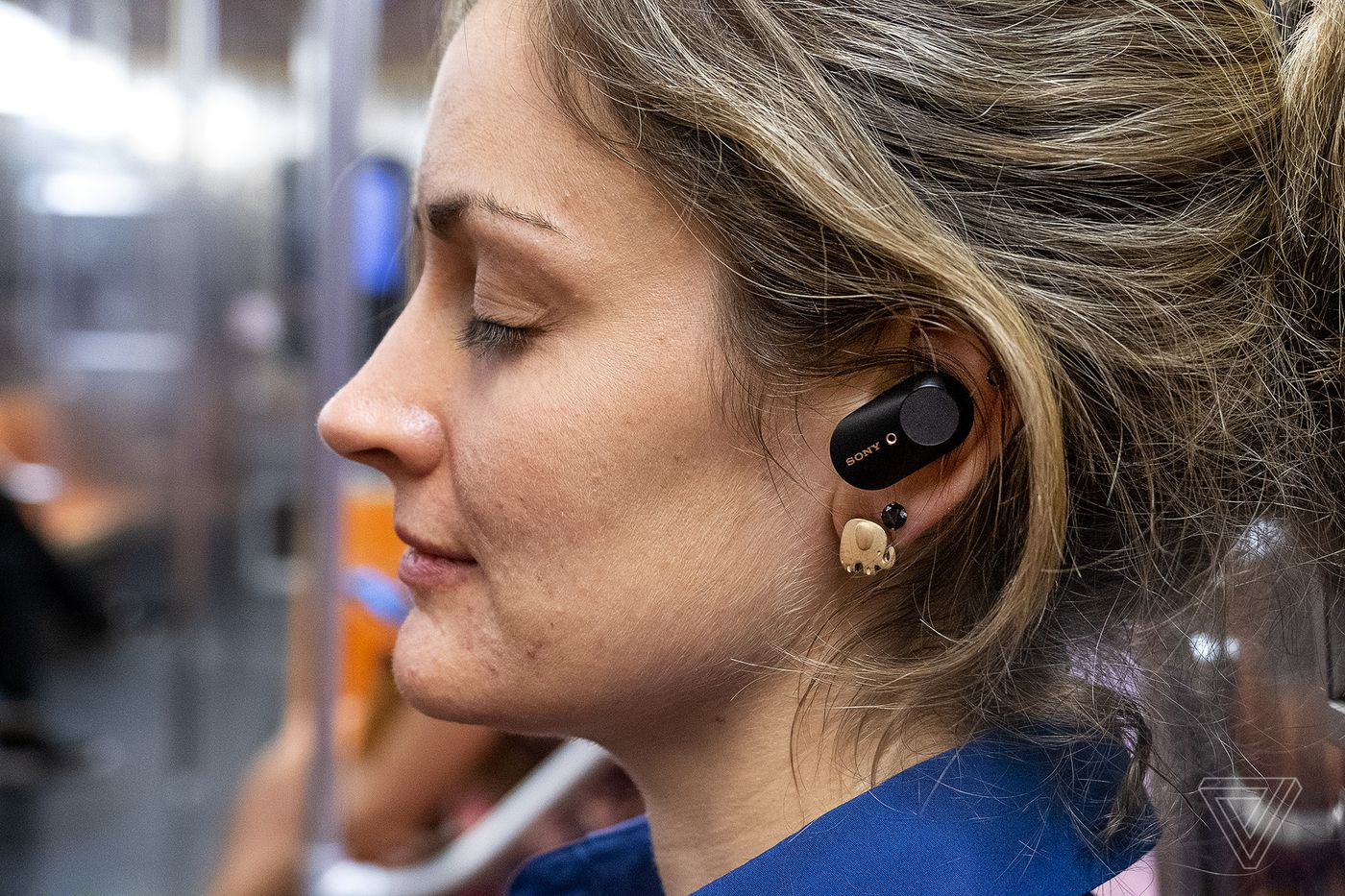 Sony Wf 1000xm3 Noise Canceling Earbuds Review The Verge