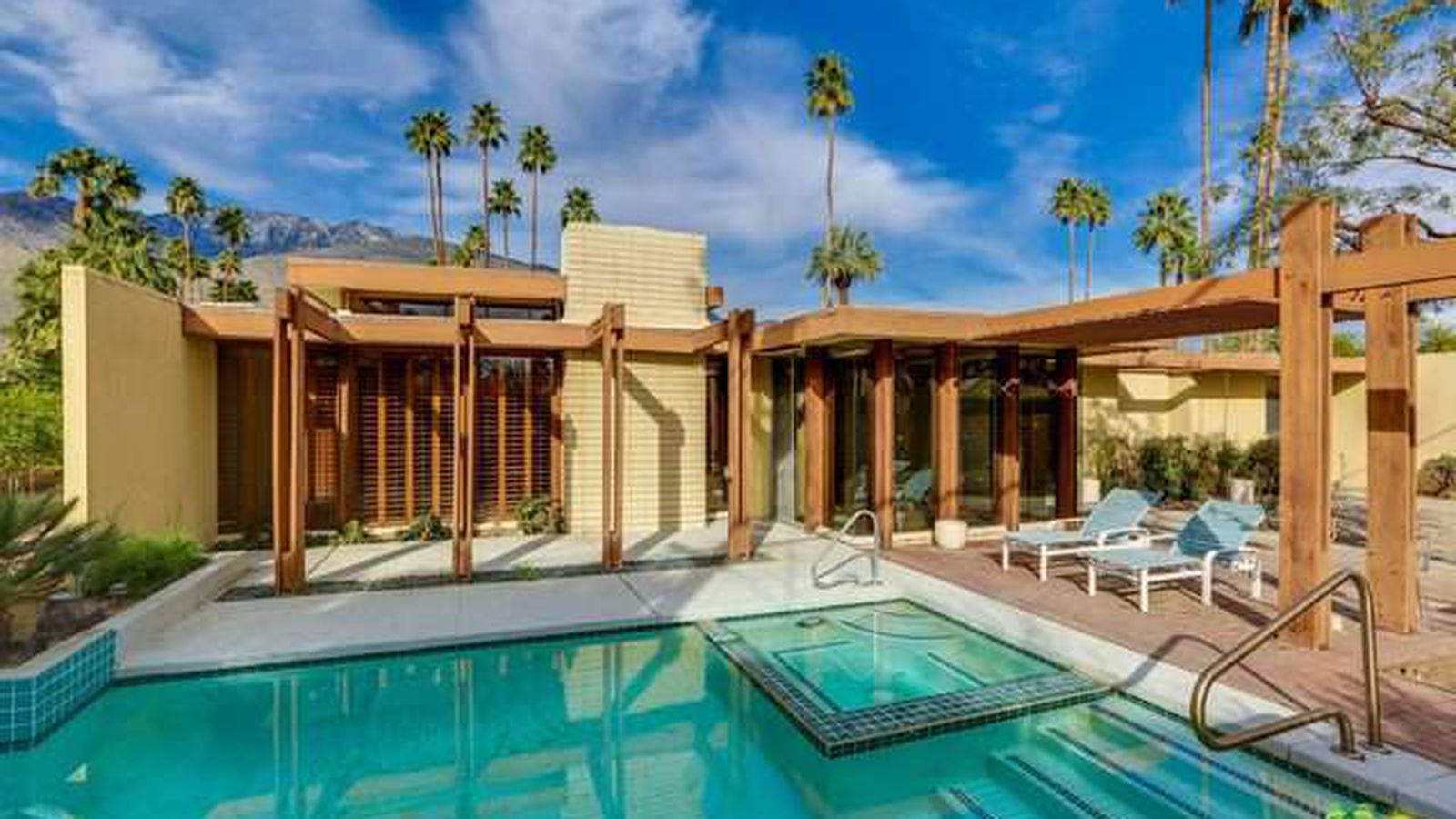 Palm springs midcentury post and beam with pool asks 800k for Palm springs for sale by owner