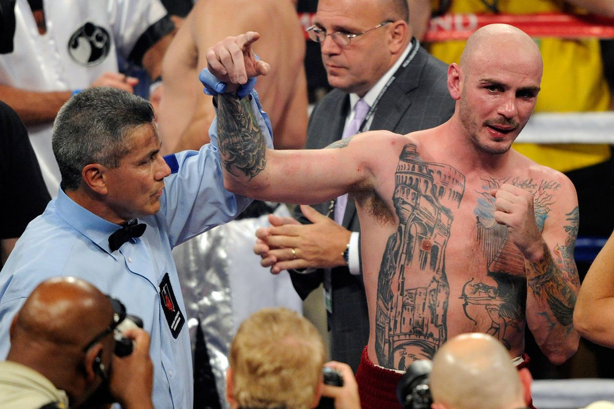 Kelly Pavlik's comeback has taken a fairly disastrous turn today. (Photo by Ethan Miller/Getty Images)