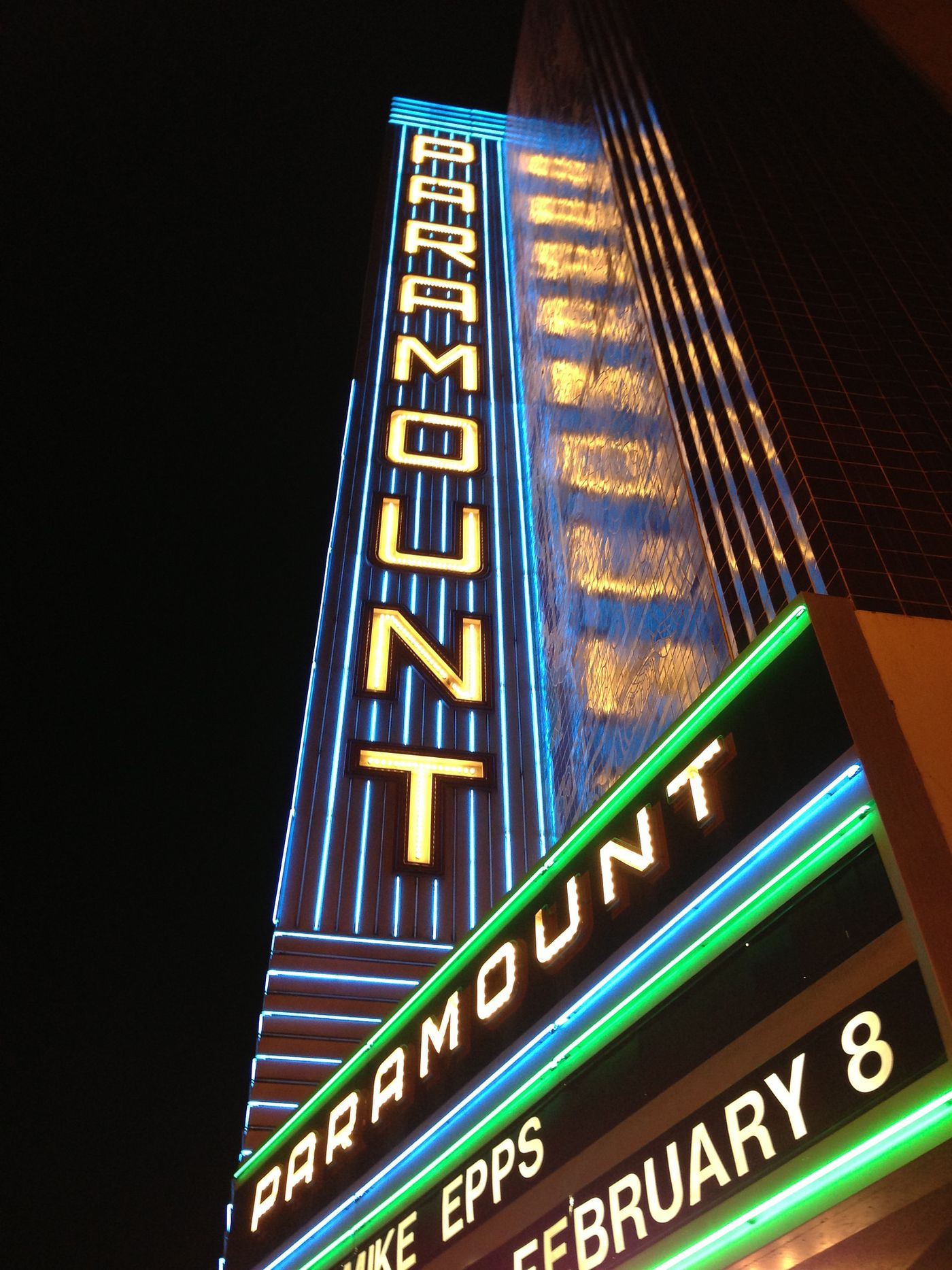 Neon dreams: 16 old movie theater marquees around the Bay Area