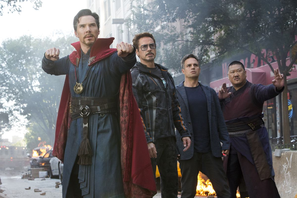 Marvel Studios' AVENGERS: INFINITY WAR..L to R: Doctor Strange/Stephen Strange (Benedict Cumberbatch), Iron Man/Tony Stark (Robert Downey Jr.), Bruce Banner/Hulk (Mark Ruffalo) and Wong (Benedict Wong)