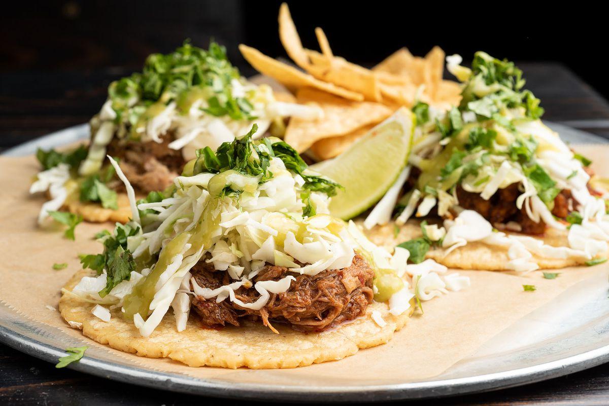 El Tri tacos