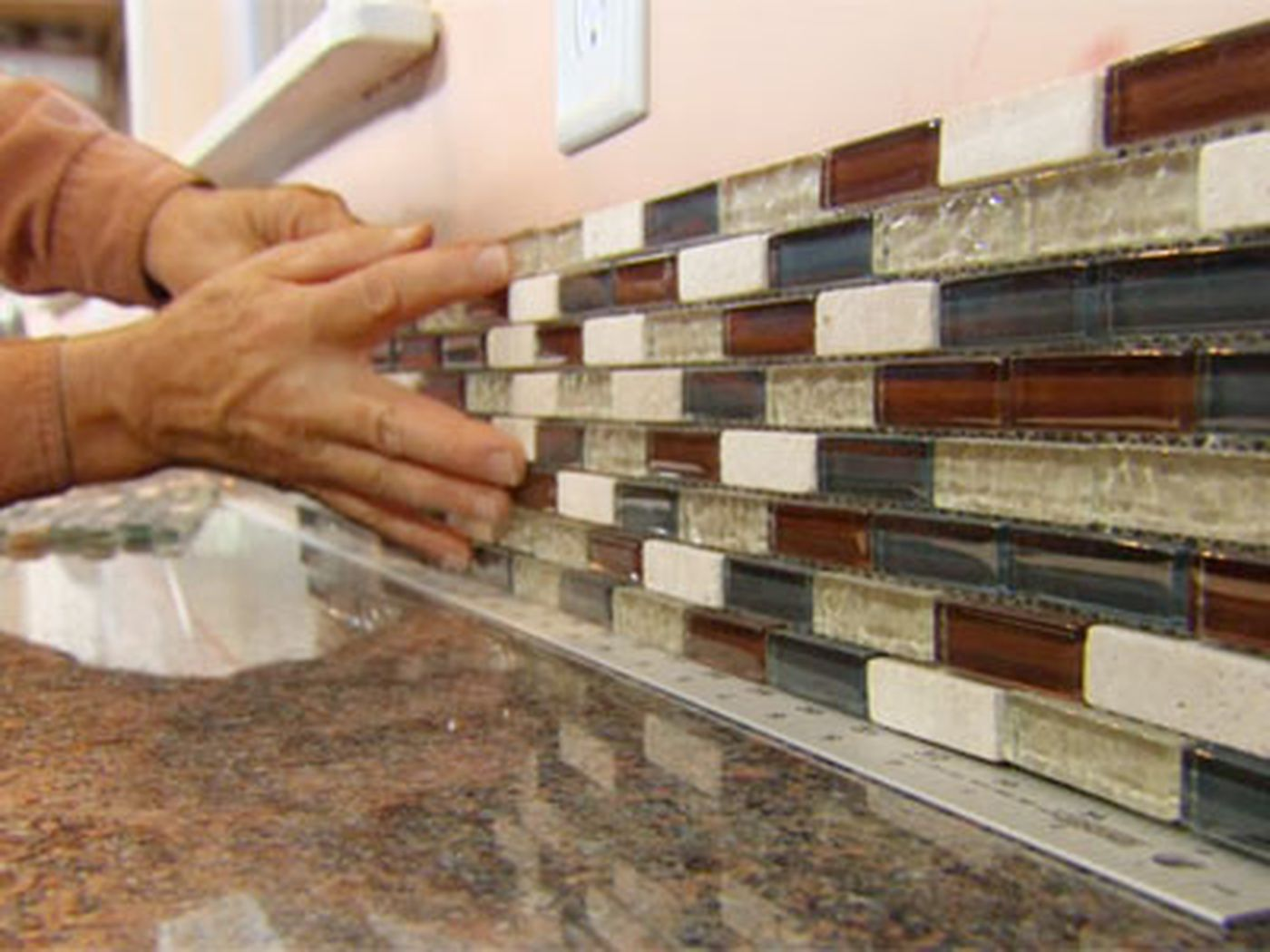- How To Install A Glass Tile Backsplash - This Old House
