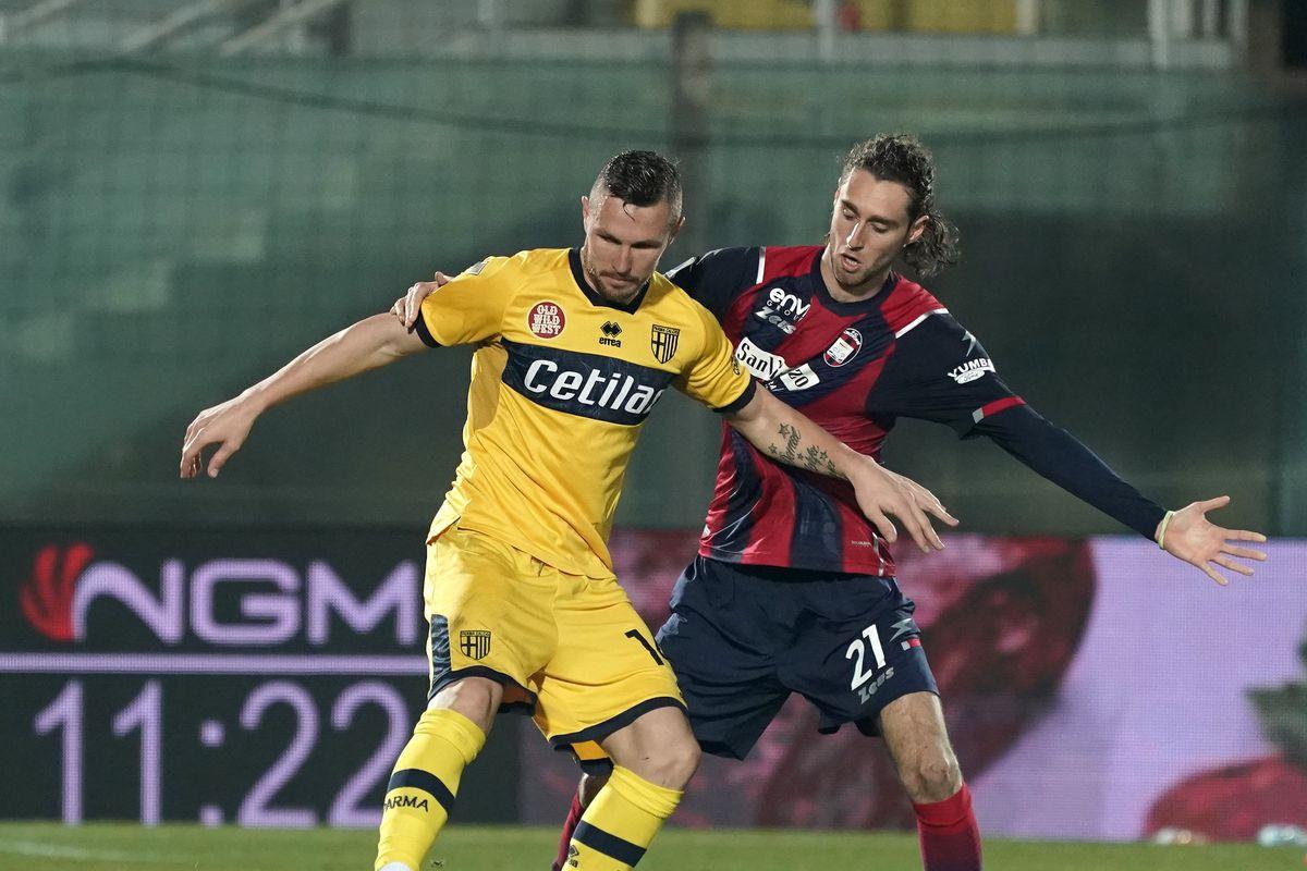 FC Crotone v Parma Calcio - Serie A