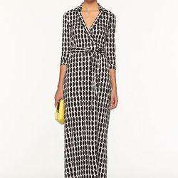 "<a href=""http://www.dvf.com/Abigail-Dress/D2768001A12,default,pd.html?dwvar_D2768001A12_color=SLCBL&start=46&cgid=sale"">Abigail dress</a>,  $333.20 (was $595)"