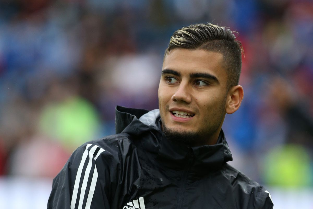 Manchester United midfielder Andreas Pereira joins Valencia on season-long loan deal