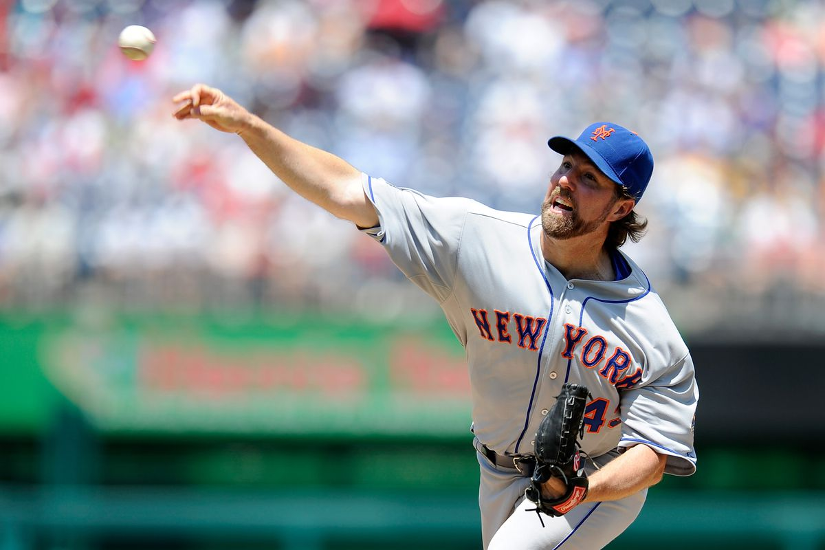 WASHINGTON, DC - JULY 19:  R.A. Dickey #43 of the New York Mets pitches against the Washington Nationals at Nationals Park on July 19, 2012 in Washington, DC.  (Photo by Greg Fiume/Getty Images)