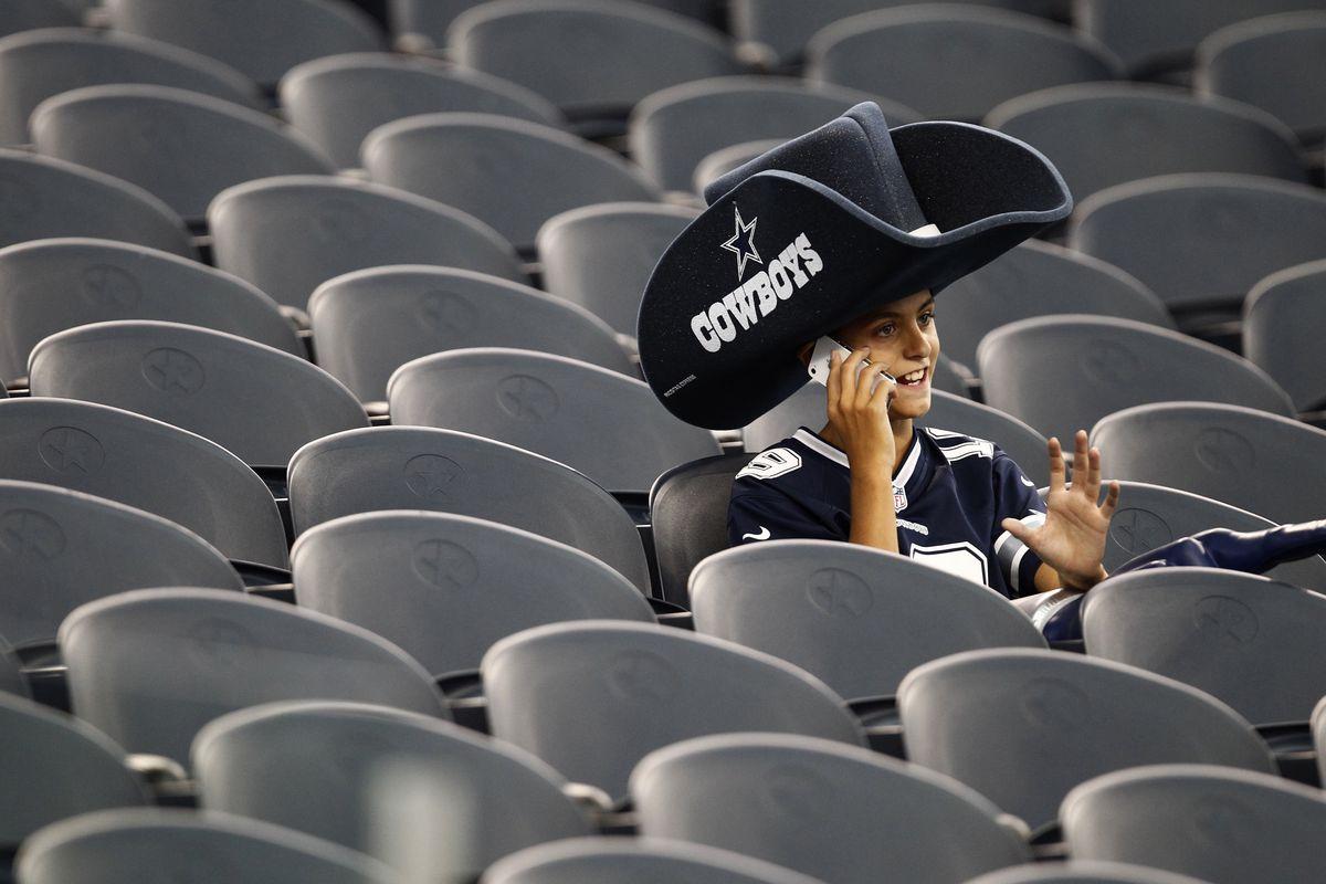Rams v Cowboys Pre-season game