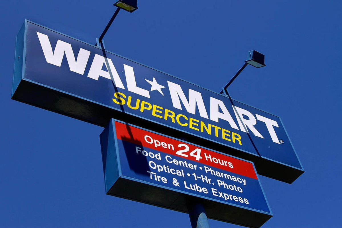 Walmart Stores Inc. hushed up a vast bribery campaign that top executives of its Mexican subsidiary carried out to build stores across that country, according to a published report.