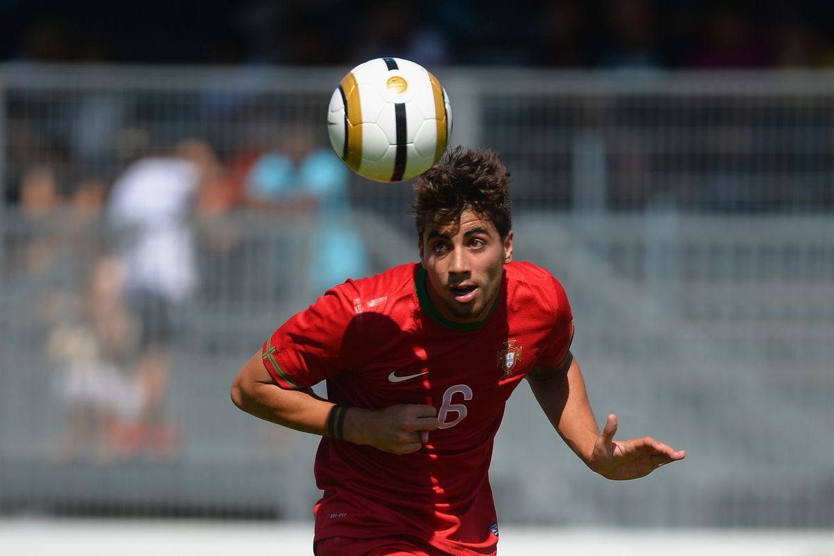 Portugal v England Third Place Play-off - Toulon Tournament