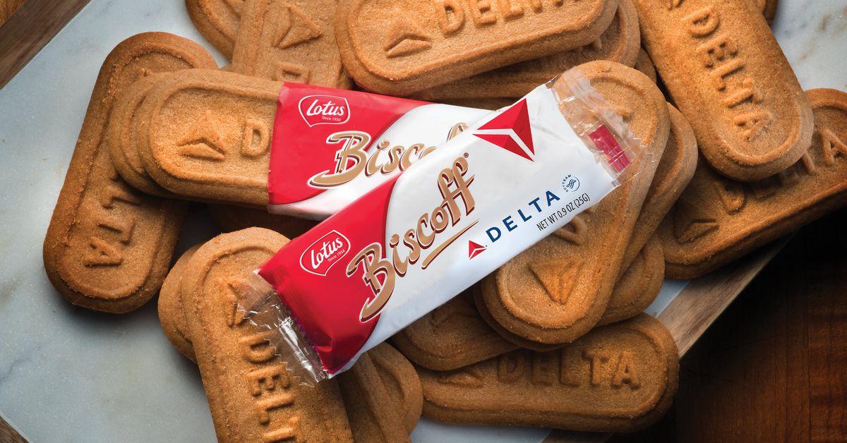 Biscoffs Are the Best Airplane Snack