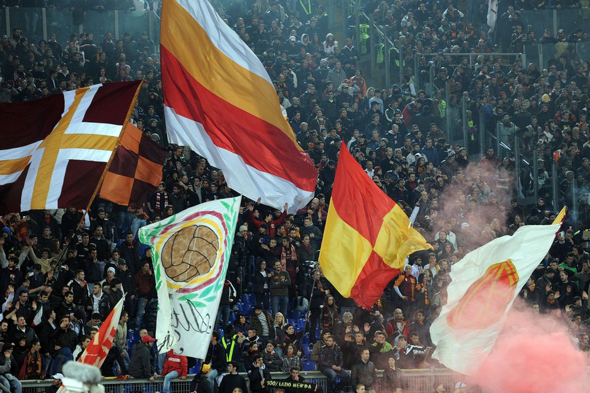 ROME, ITALY - DECEMBER 12:  The fans of Roma  during the Serie A match between AS Roma and Juventus FC at Stadio Olimpico on December 12, 2011 in Rome, Italy.  (Photo by Giuseppe Bellini/Getty Images)