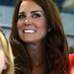 Funny. Kate's face at the swimming event is the same as our faces at the Opening Ceremonies.