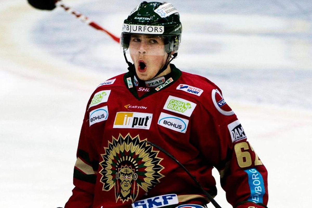 Lehkonen celebrates after a goal
