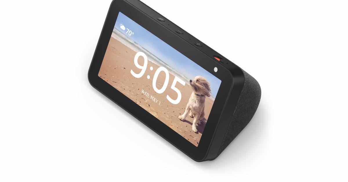 Amazon Echo Show 5 ช่วยให้ Alexa บนหน้าจอขนาดเล็กลงโดยมีการจัดส่งในเดือนกรกฎาคมราคา $ 89.99 thumbnail