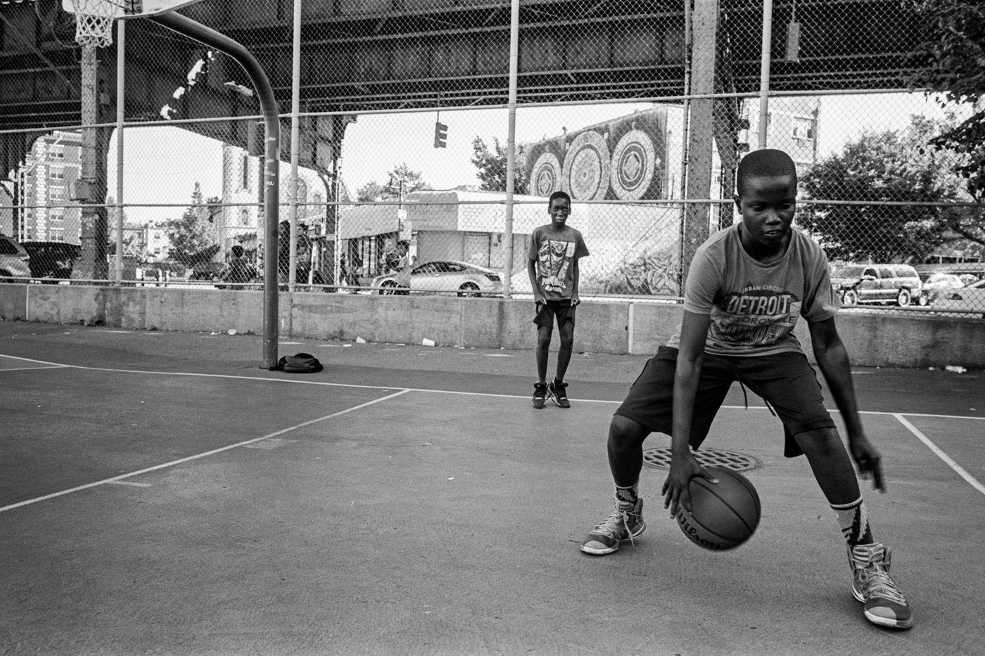 """Résultat de recherche d'images pour """"the cage playground basketball"""""""