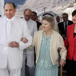 President Thomas S. Monson of The Church of Jesus Christ of Latter-day Saints, his wife Frances, center and his daughter Ann M. Dibb, second counselor in the Young Women Presidency of the LDS Church walk out of the temple on the last day of the Draper, Utah Temple dedication Sunday March 22, 2009.