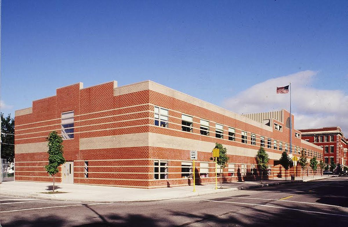 Architect Roger Margerum worked on the Libby School in Chicago.
