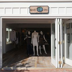Planet Blue's sixth SoCal boutique brings fest-ready vibes to the pierside promenade.