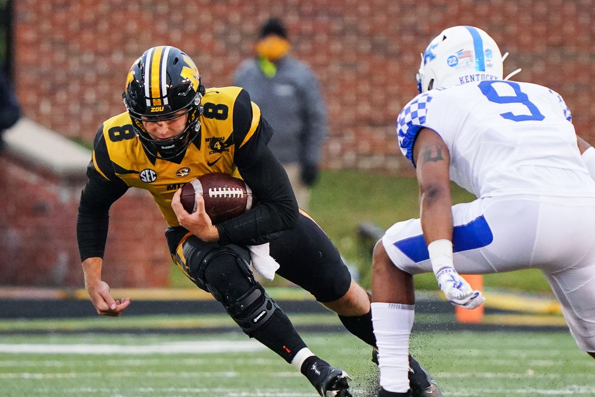 NCAA Football: Kentucky at Missouri