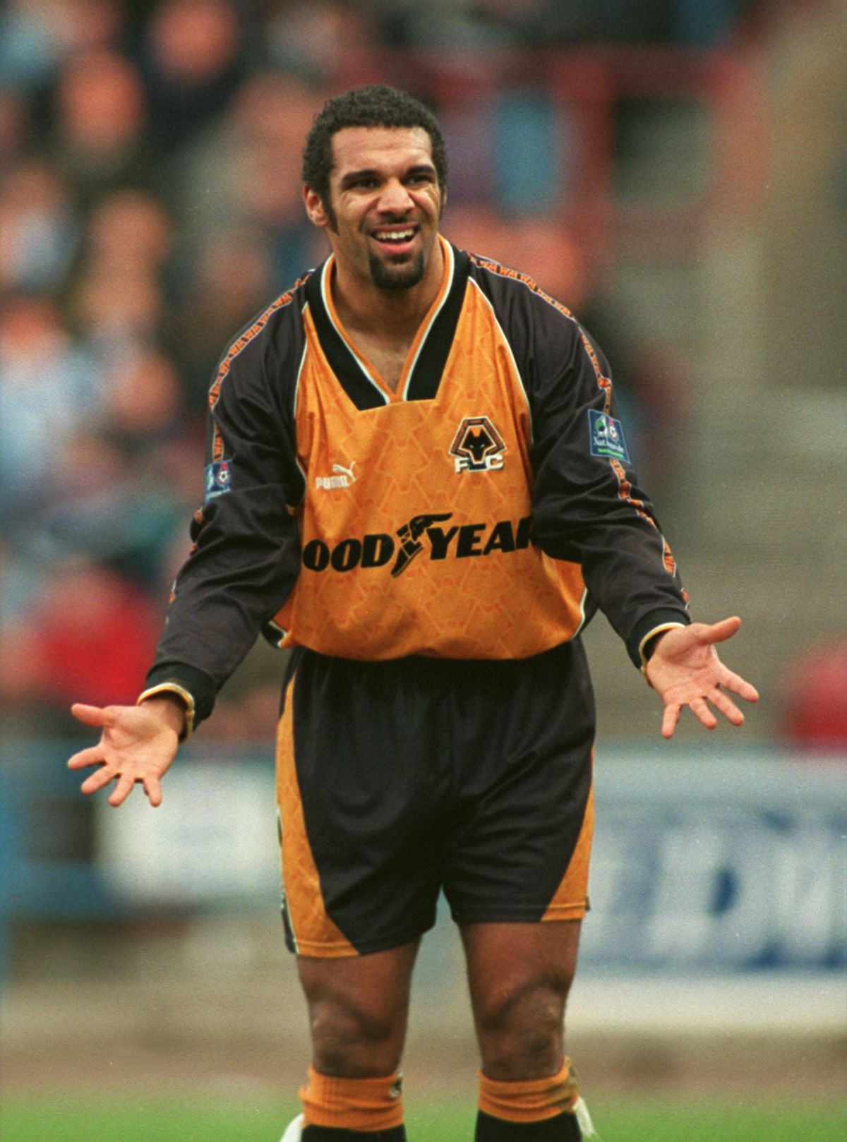 Soccer - Nation Wide First Division - Huddersfield Town v Wolverhampton Wanderers