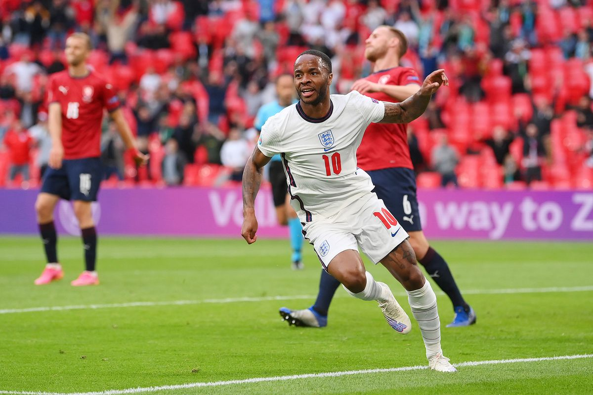 England vs. Czech Republic final score: England wins Group D on Raheem Sterling's  goal, advances to knockout round - DraftKings Nation